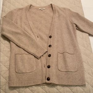 Made well sweater